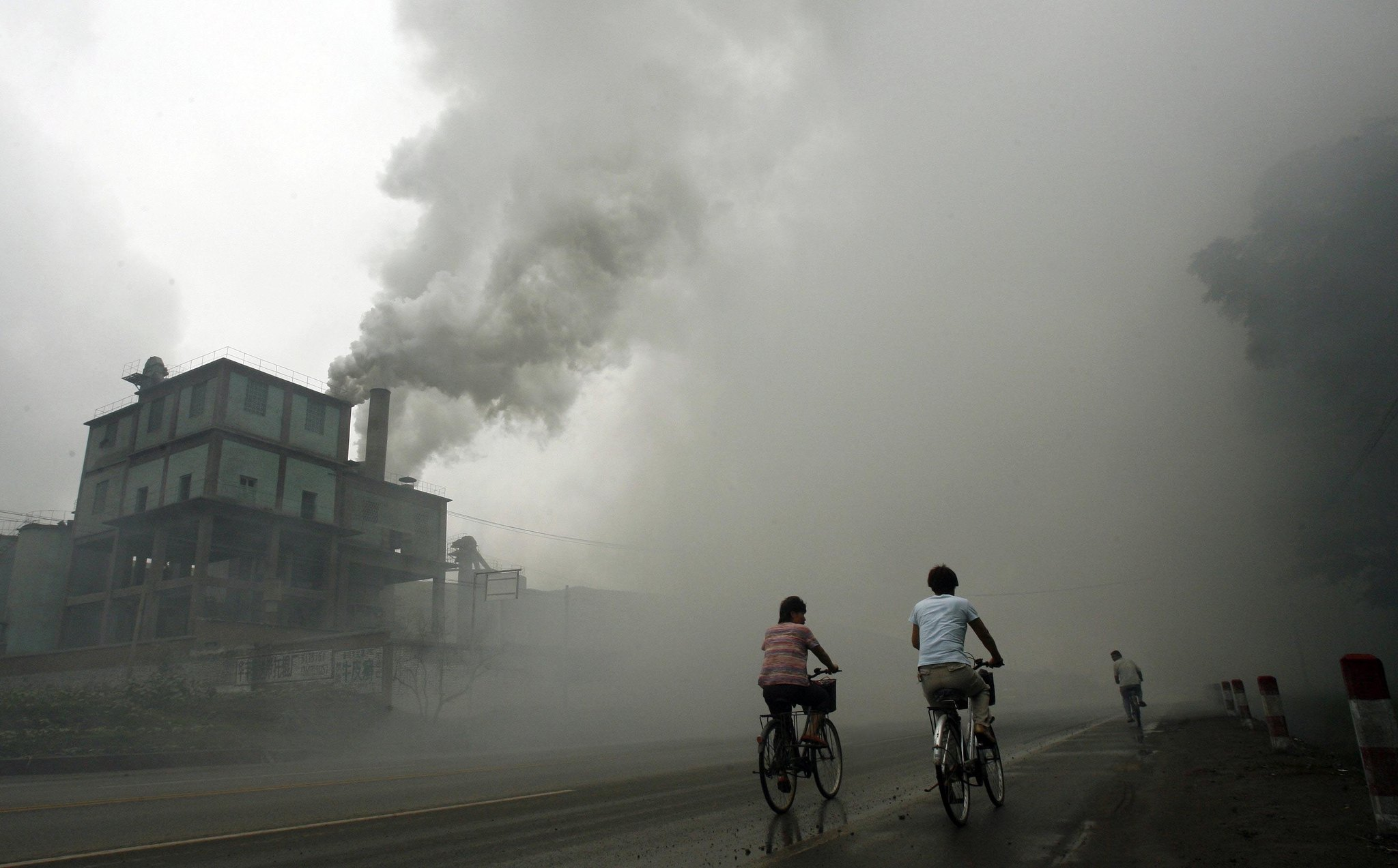 https://storify.com/ucirvine/made-in-china-air-pollution-as-well-as-exports