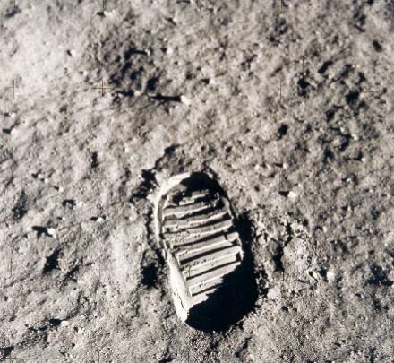 http://curator.jsc.nasa.gov/lunar/letss/regolith.pdf